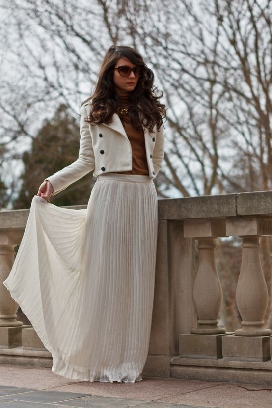Maxi Skirts Outfit Ideas To Try 2019