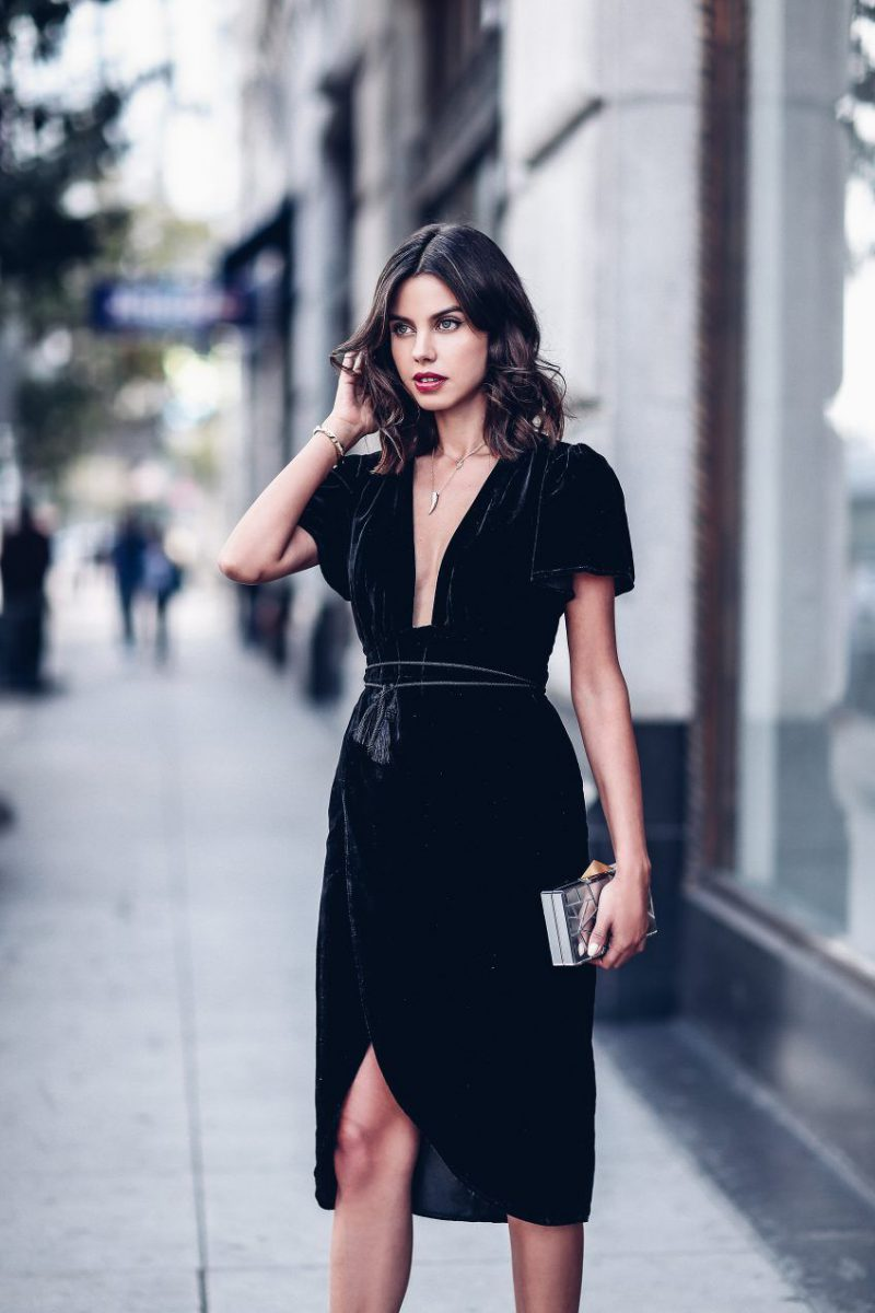 f3f63a528da Holiday Party Outfits For Women 2019 ⋆ FashionTrendWalk.com