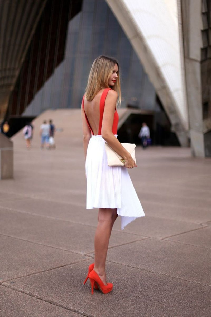 How to Wear Backless Dresses 2019
