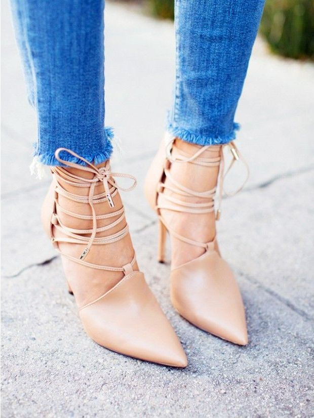 2018 High Heels For Women Street Style Looks (12)