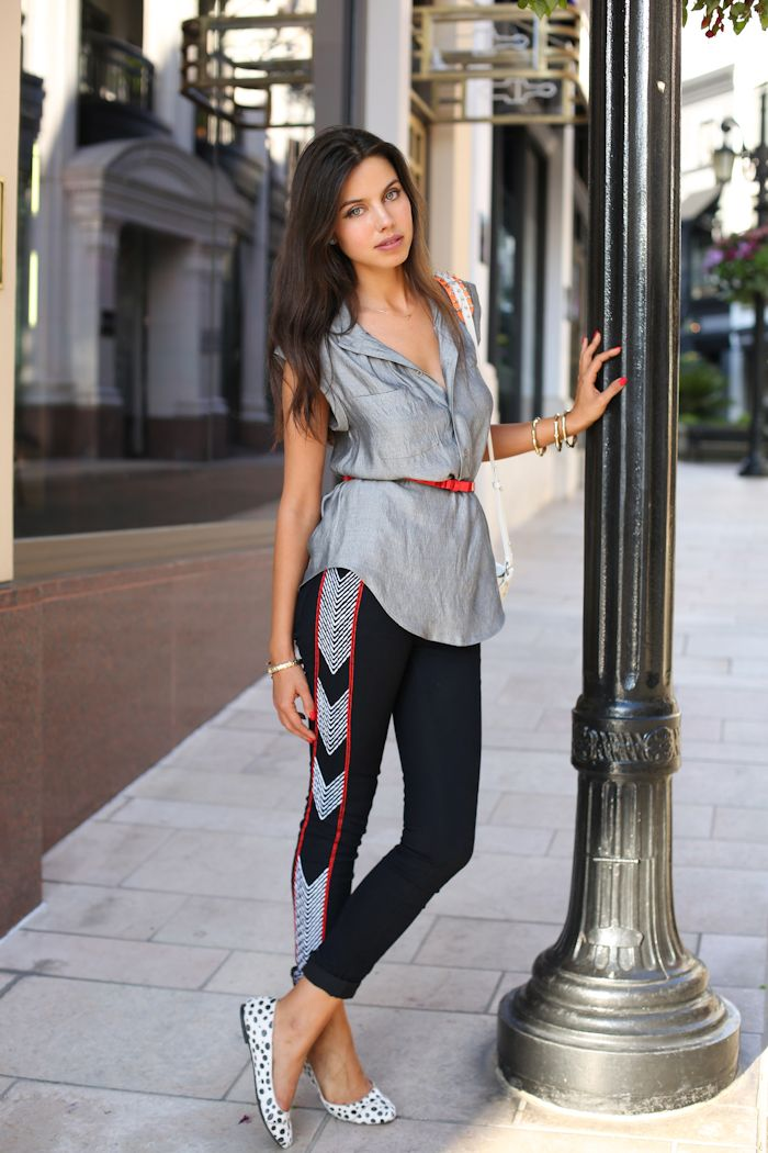 2018 Leggings For Women Street Style Looks To Wear Now (11)