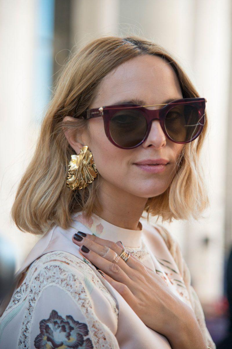 How to Wear Oversized Earrings 2019