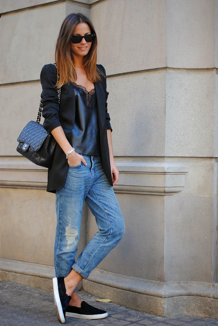 2018 Baggy Jeans Trend For Women Street Style Inspo (2)