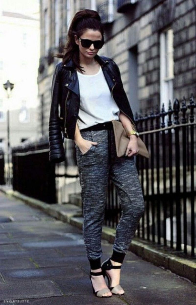 2018 Best Jogger Pants For Women Street Style Ideas And Tips (22)