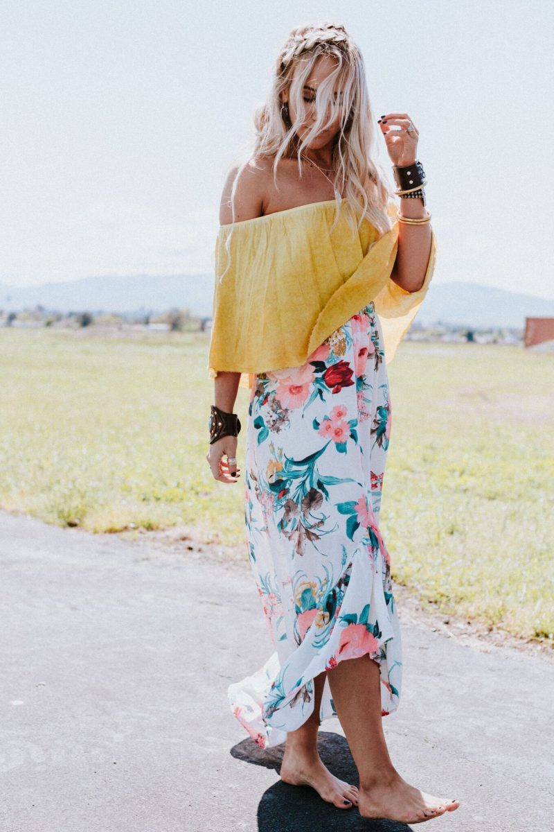 2018 Bohemian Fashion Must Haves For Women Street Style Inspiration (18)