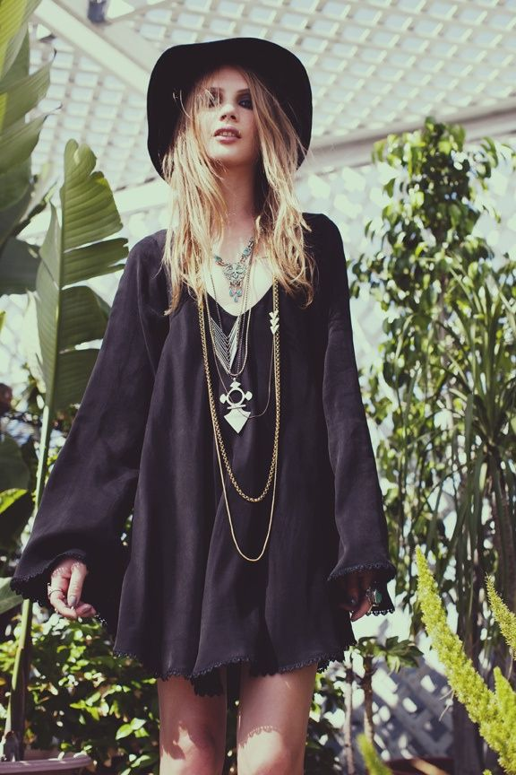 2018 Bohemian Fashion Must Haves For Women Street Style Inspiration (45)