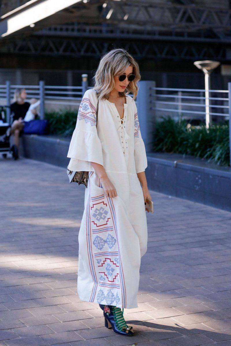 2018 Bohemian Fashion Must Haves For Women Street Style Inspiration (55)