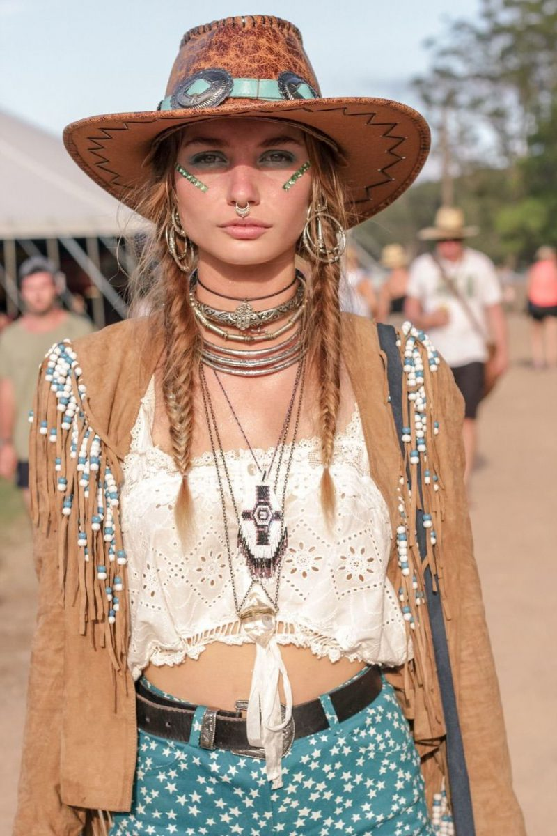 2018 Bohemian Fashion Must Haves For Women Street Style Inspiration (60)