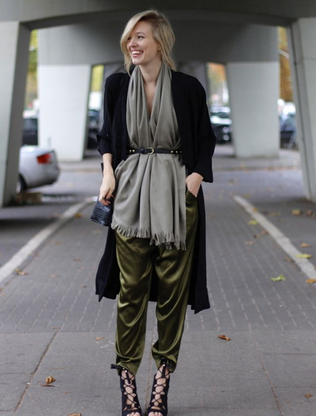 32 Ways to Wear Khaki Color For Women 2020