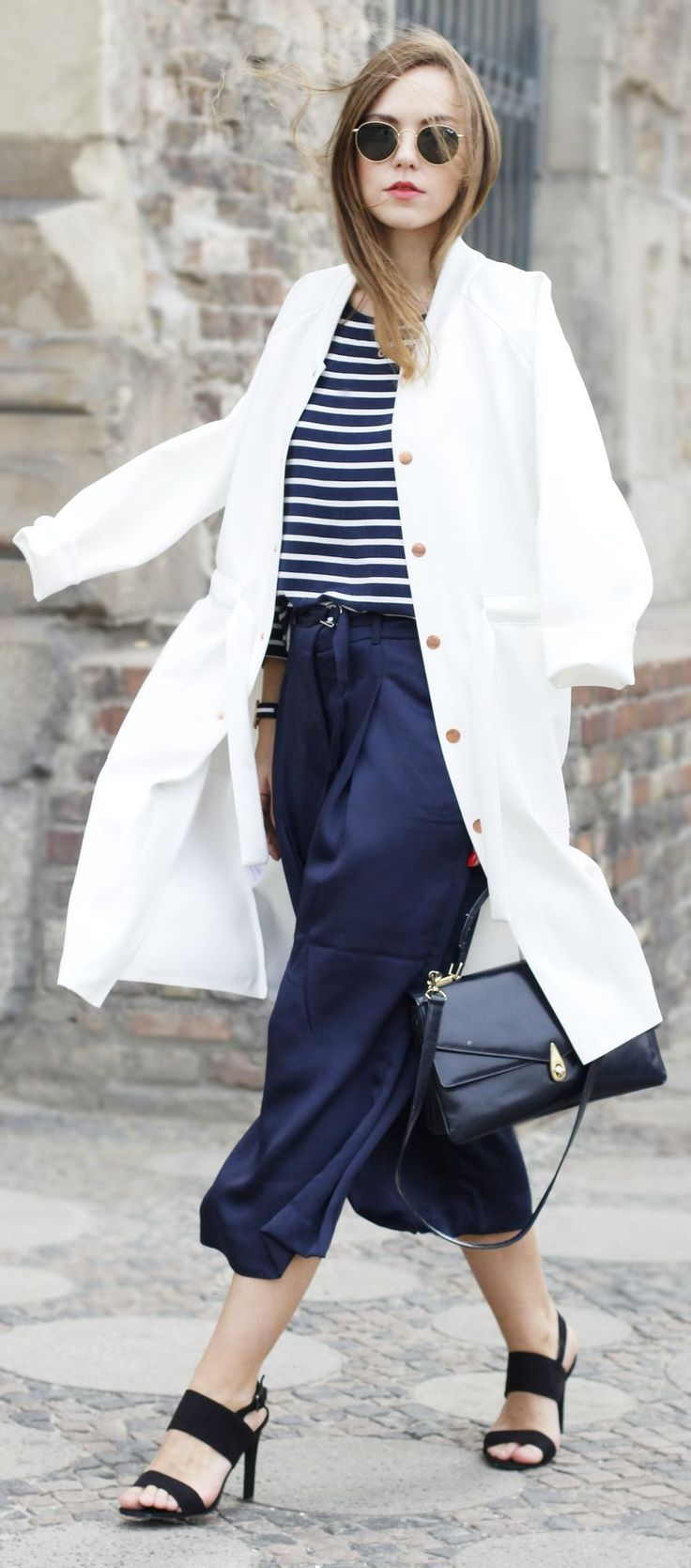 2018 Nautical Fashion Trend For Women Best Street Style Ideas (27)