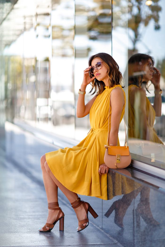 Add a Pop of Yellow Color to Your Outfit 2019