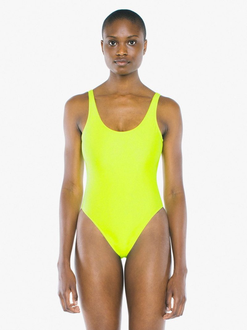 What Swimsuit To Wear This Year 2020