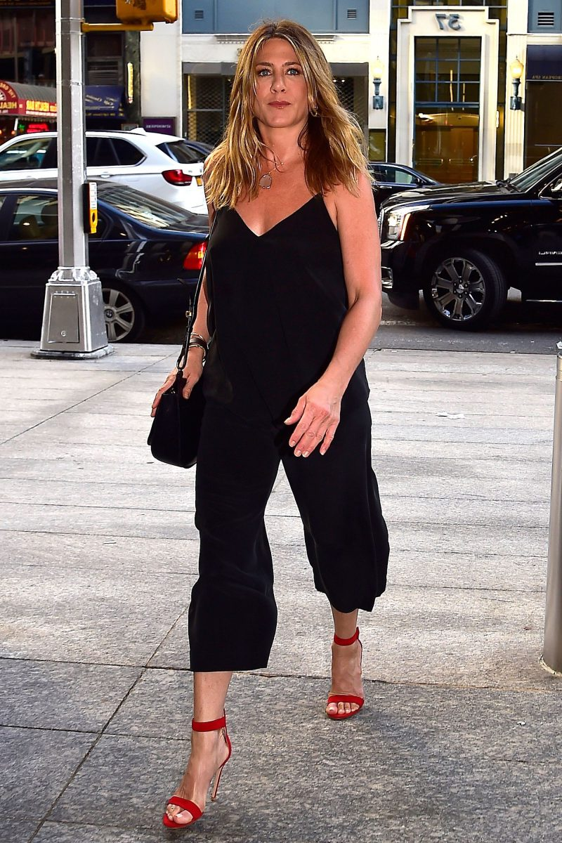 Celebrity Inspired Summer Street Style 2020 ...