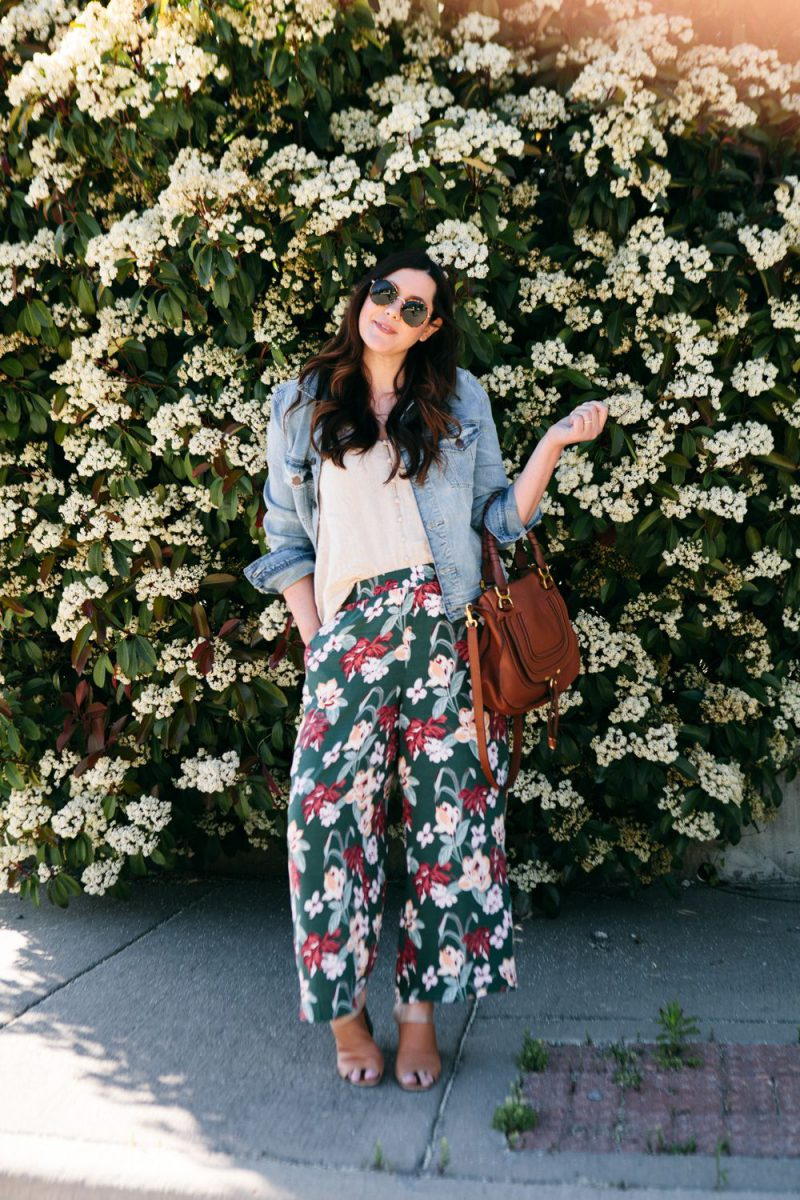 How to Look Trendy In Floral Pants In Summer 2019