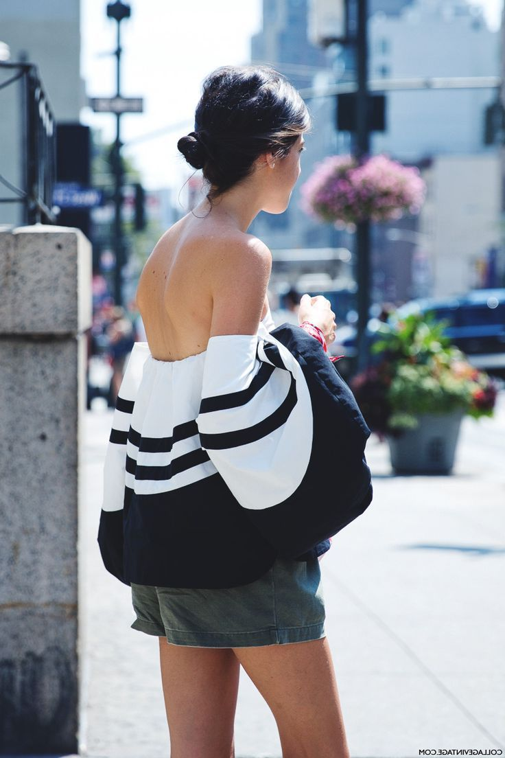 2018 Summer Off Shoulder Trend For Women Inspiring Street Style (24)