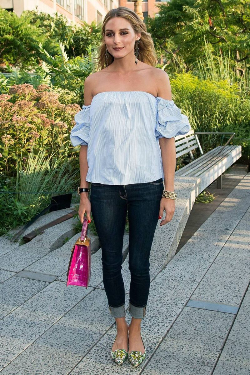 2018 Summer Off Shoulder Trend For Women Inspiring Street Style (28)