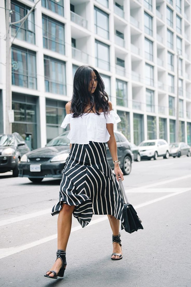 2018 Summer Off Shoulder Trend For Women Inspiring Street Style (3)