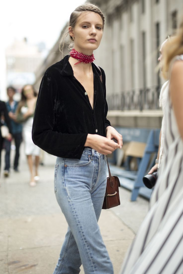27 Summer Ways Of Wearing Scarves 2020
