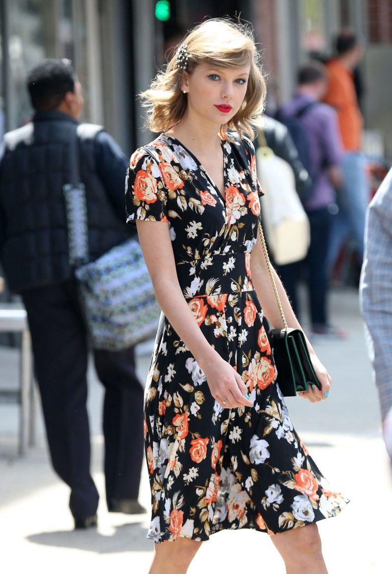 2018 Wrap Dresses For Women Street Style (6)