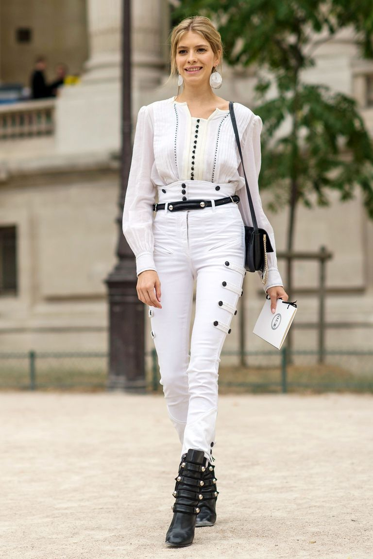 White Jeans 2018 Best Street Style Looks For Women (20)