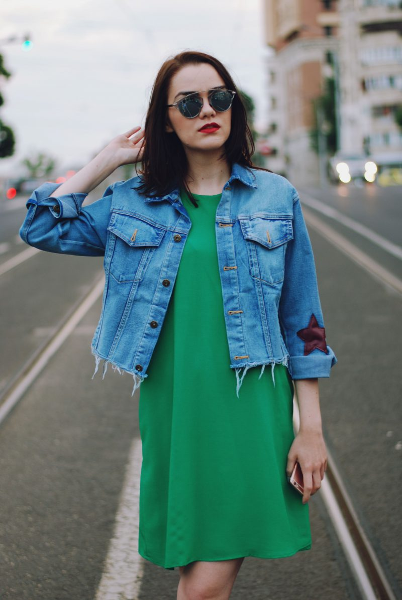 Green Dresses Best Street Style Ideas 2020