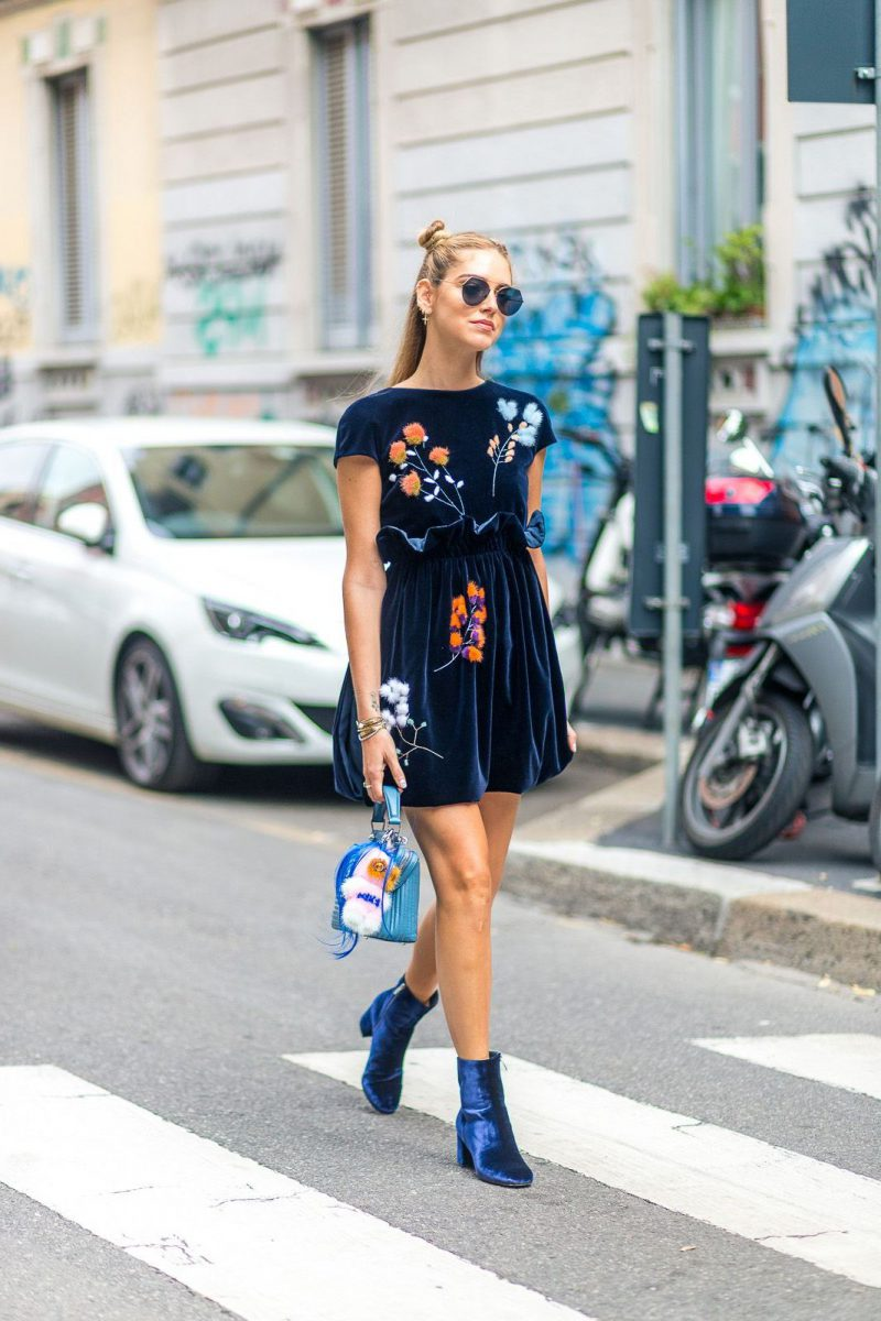 How To Wear Ankle Boots For Women Street Style (2)