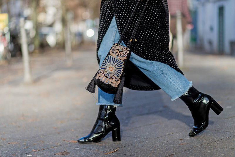 How To Wear Ankle Boots For Women Street Style (6)