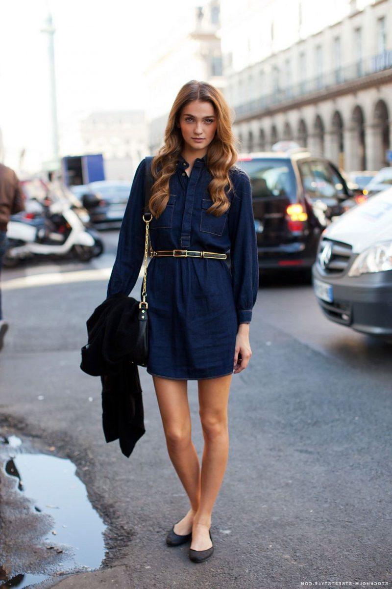 How To Wear Blue Dresses Simple Tricks And Style Tips (1)