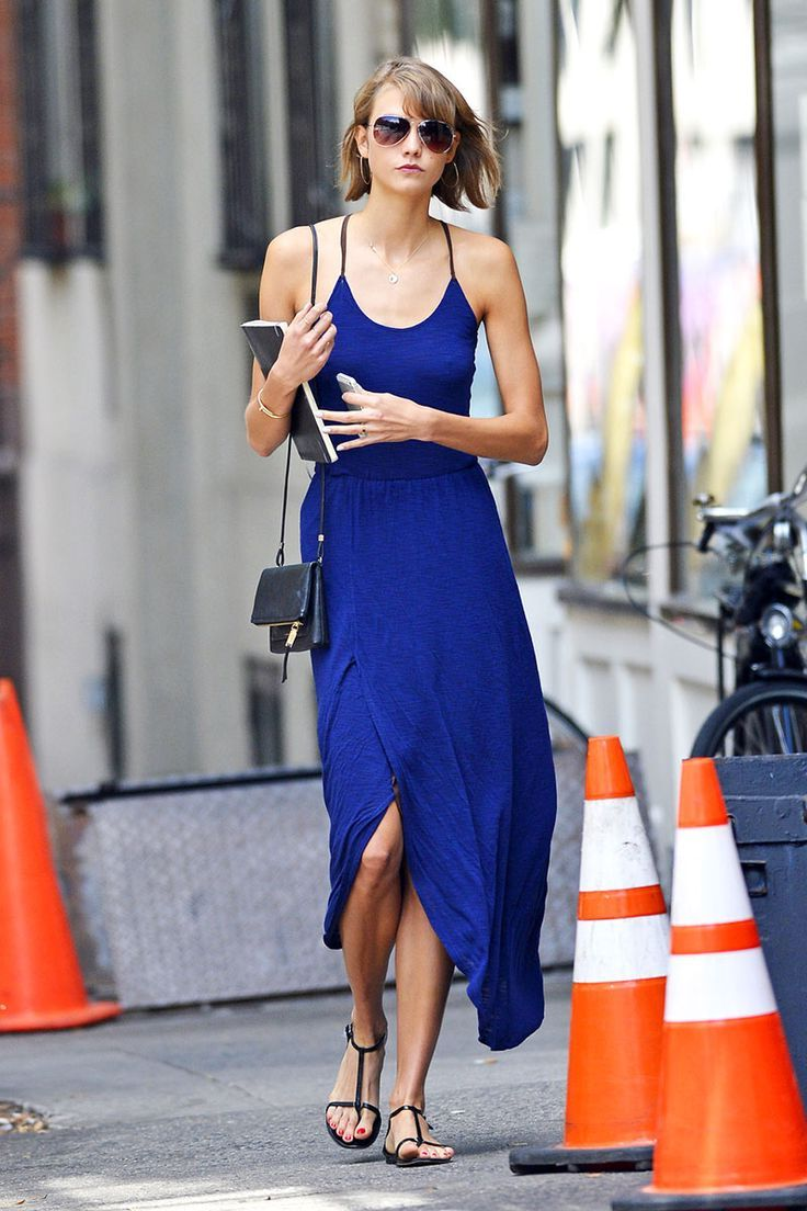 How To Wear Blue Dresses Simple Tricks And Style Tips (16)