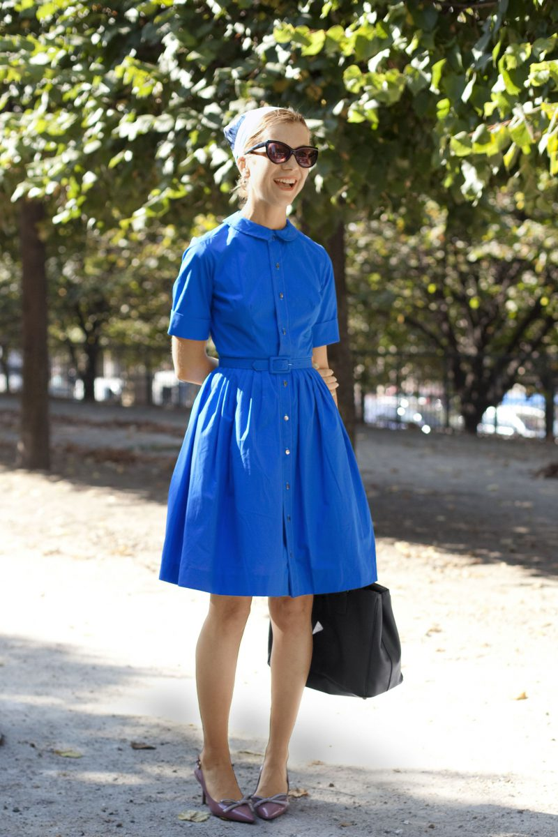 How To Wear Blue Dresses Simple Tricks And Style Tips (2)