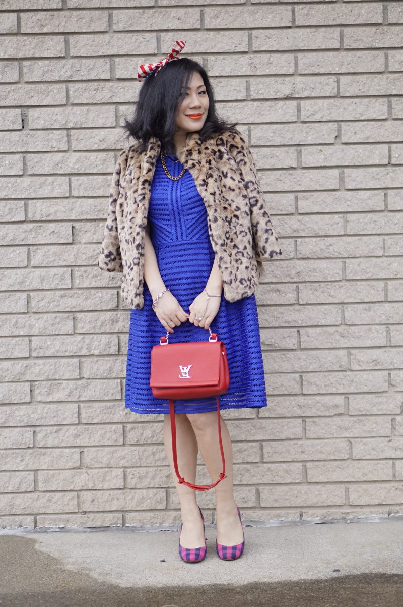 How To Wear Blue Dresses Simple Tricks And Style Tips (23)