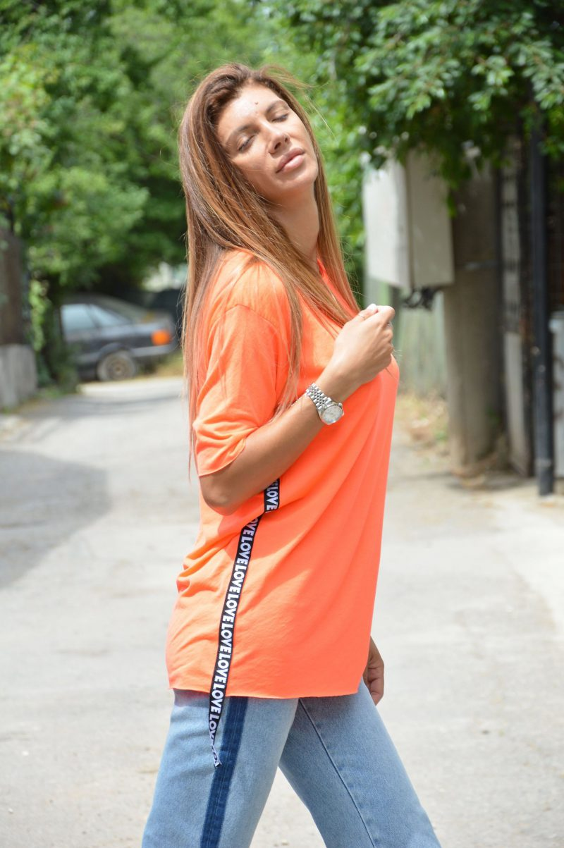 Oversized T Shirts For Women Best Looks To Try (9)