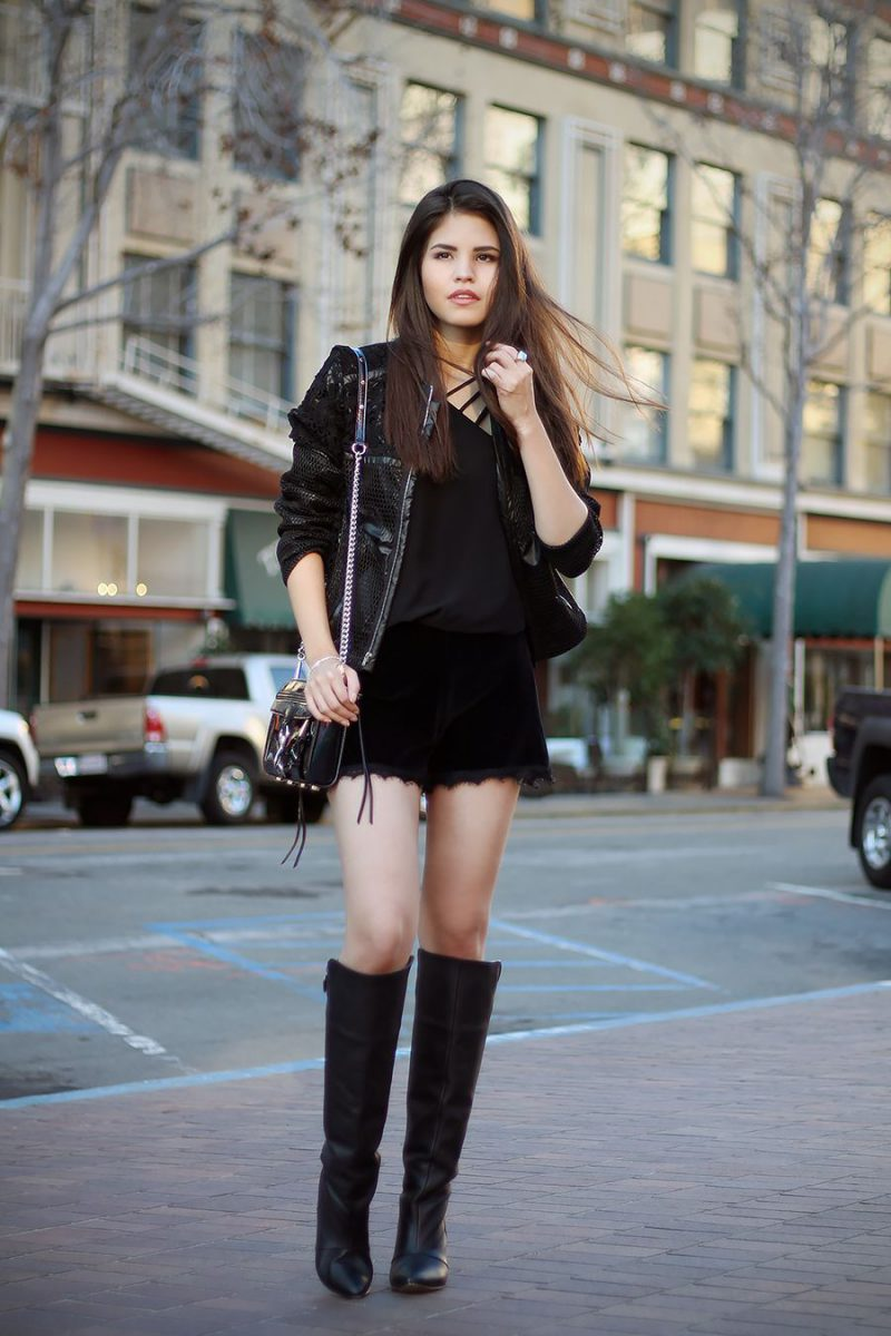 Winter Shorts For Women Best Outfit Ideas (1)