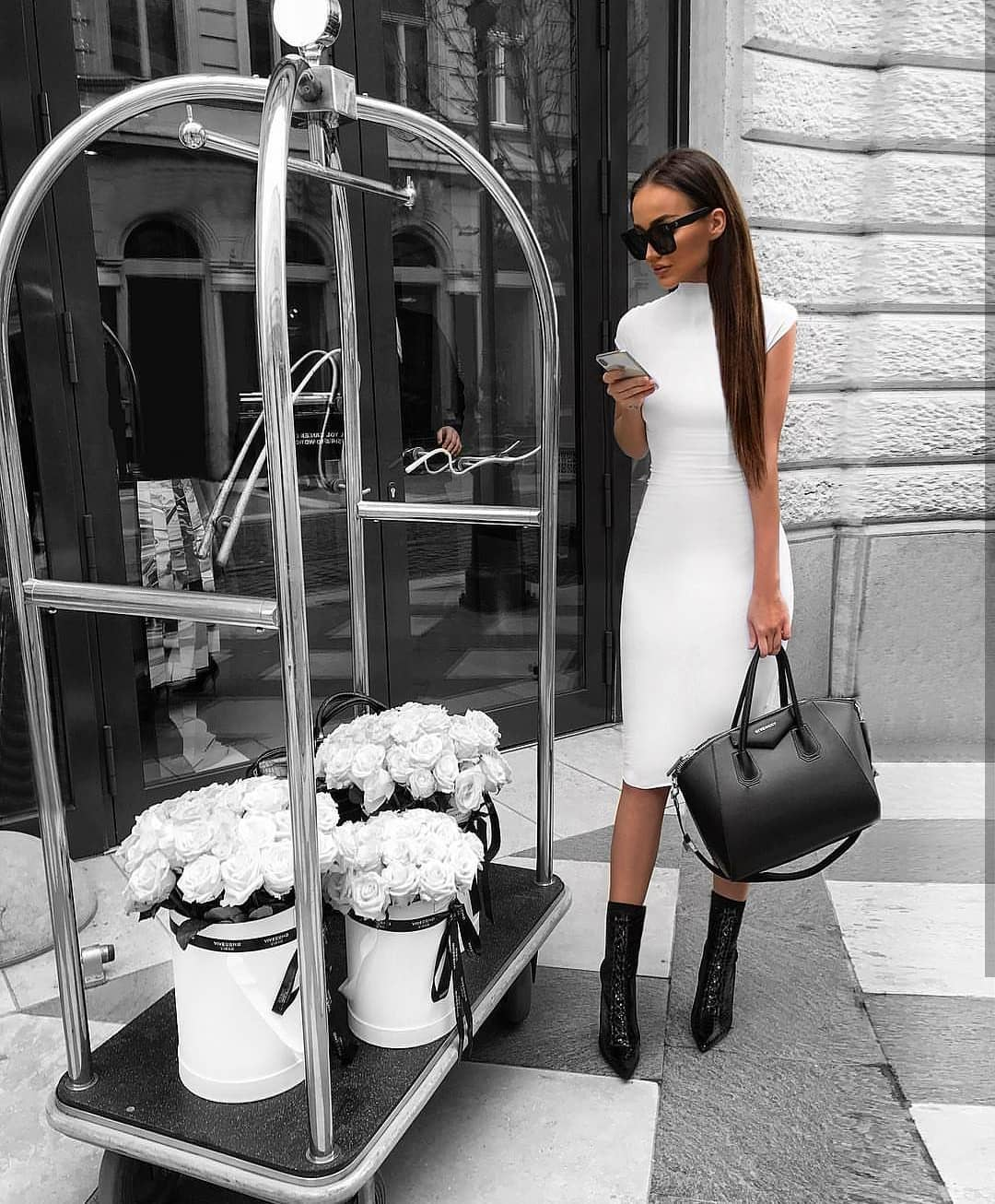 Can Brunette Wear White Pencil Dress With Black Ankle Boots 2019