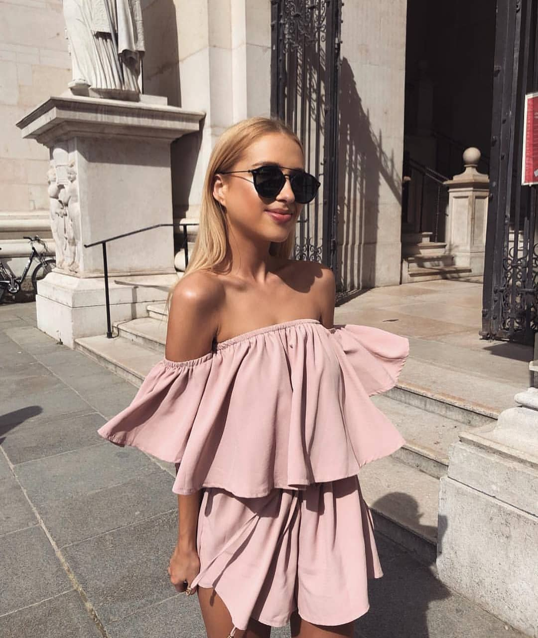 Italian Lady Style For Summer: Blush Off Shoulder Ruffled Mini Dress 2019
