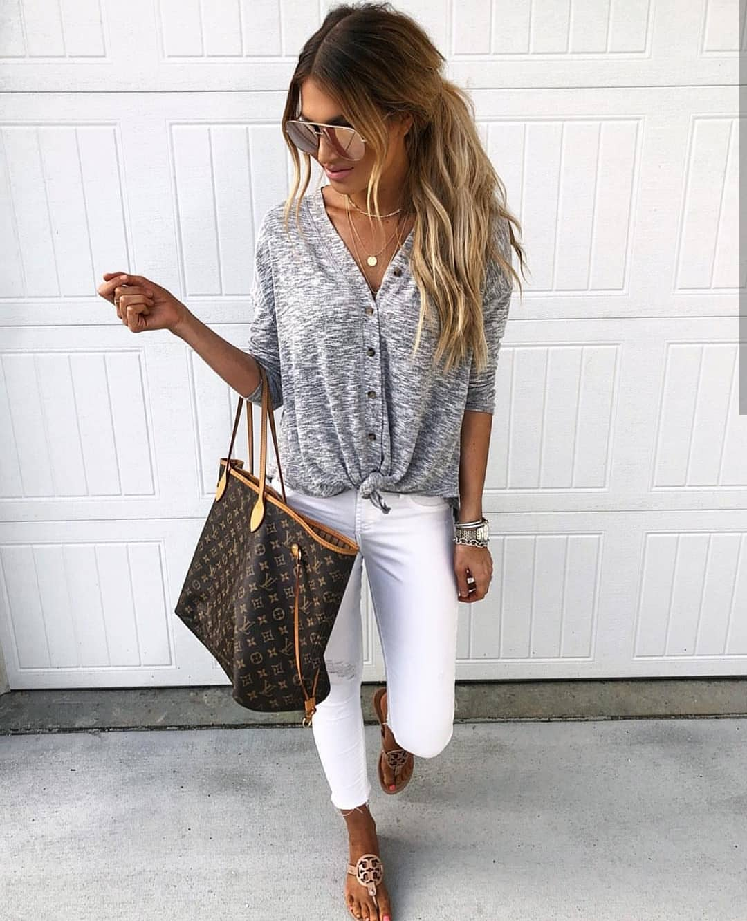 Can You Wear Grey Cardigan With White Jeans This Summer 2019