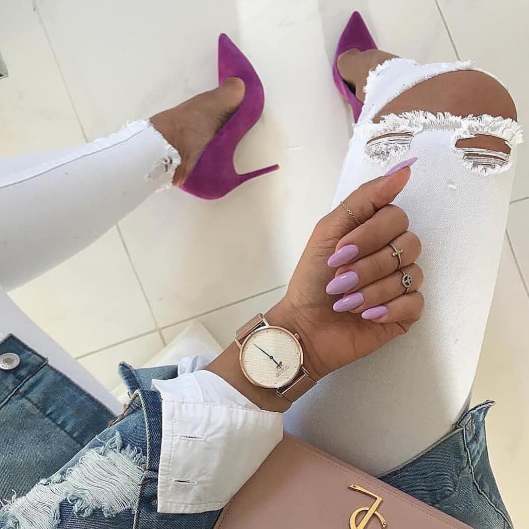 How To Wear Purple Heeled Pumps With White Jeans This Summer 2019