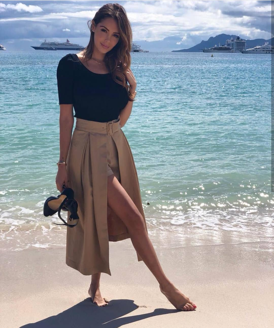 How To Wear Camel Long Skort This Summer 2019
