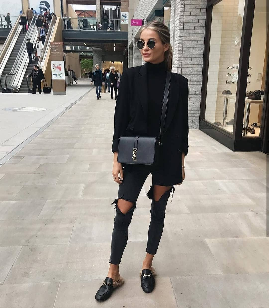 All Black Spring Outfit Idea With Black Blazer And Knee Ripped Jeans 2019