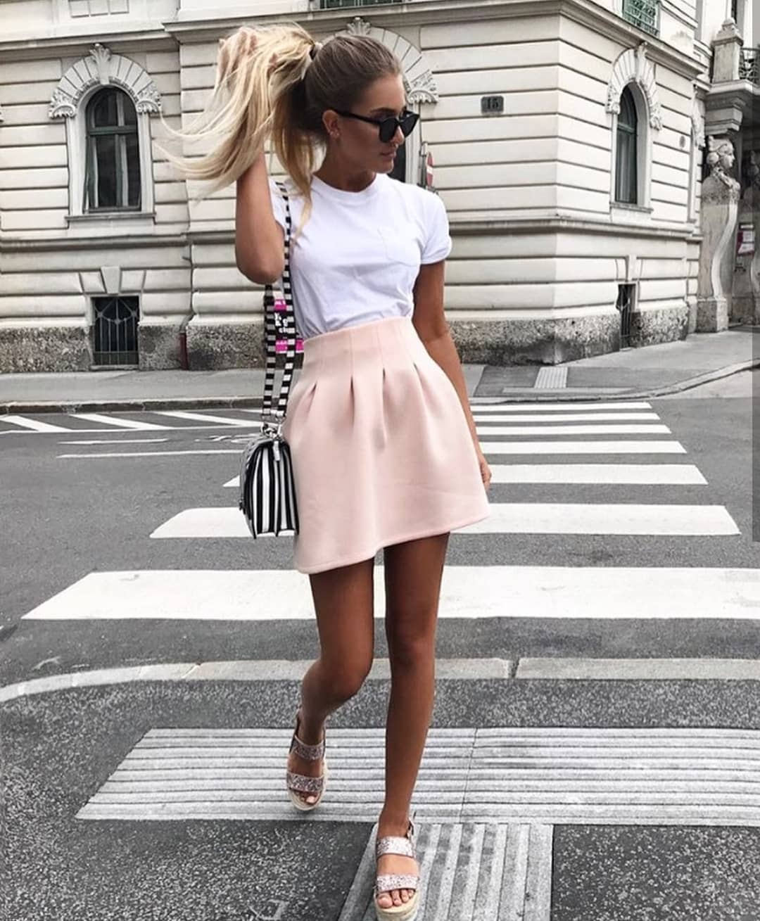 How To Wear High-Rise Blush Skirt This Summer 2019