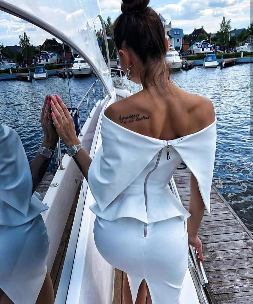 White Open Shoulder Pencil Dress With Peplum Details For Summer Boat Trips 2019