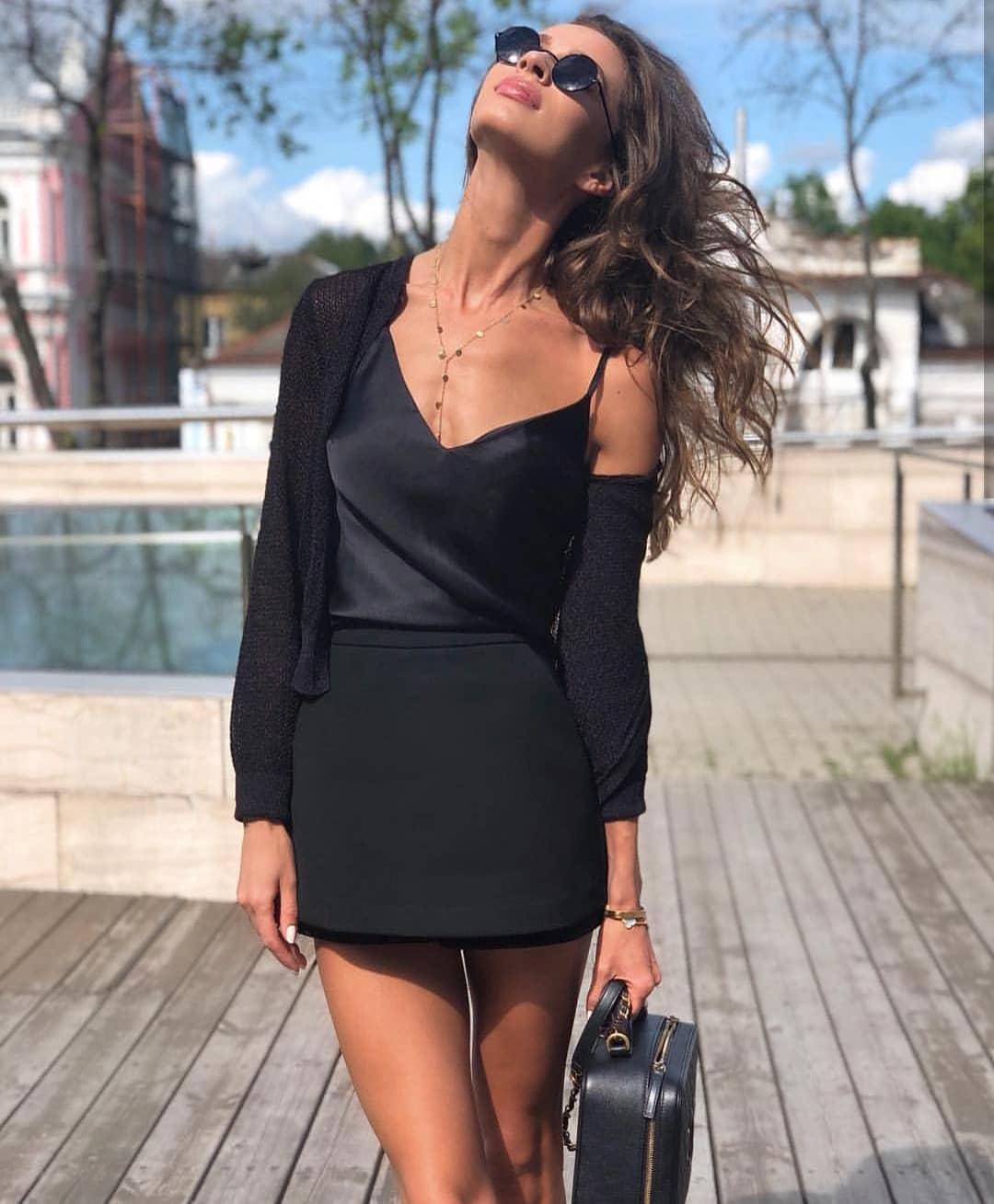 All Black Spring Outfit For Modern Women 2020