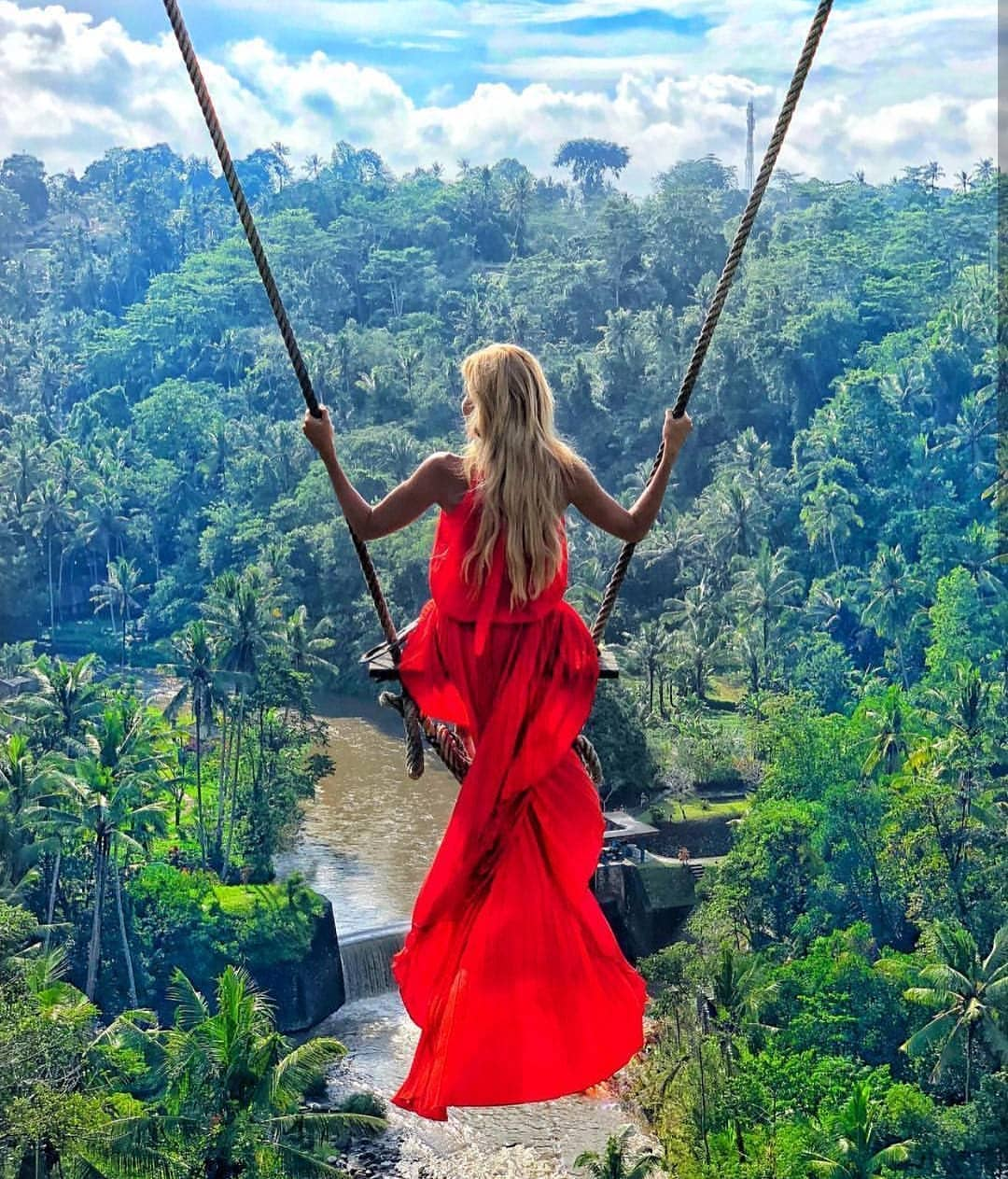 Maxi Red Gown For Next Summer Getaway 2019