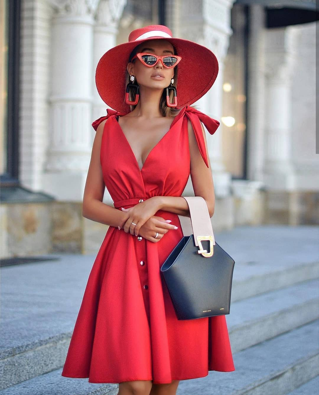 All Red Outfit For Summer Vacation 2020