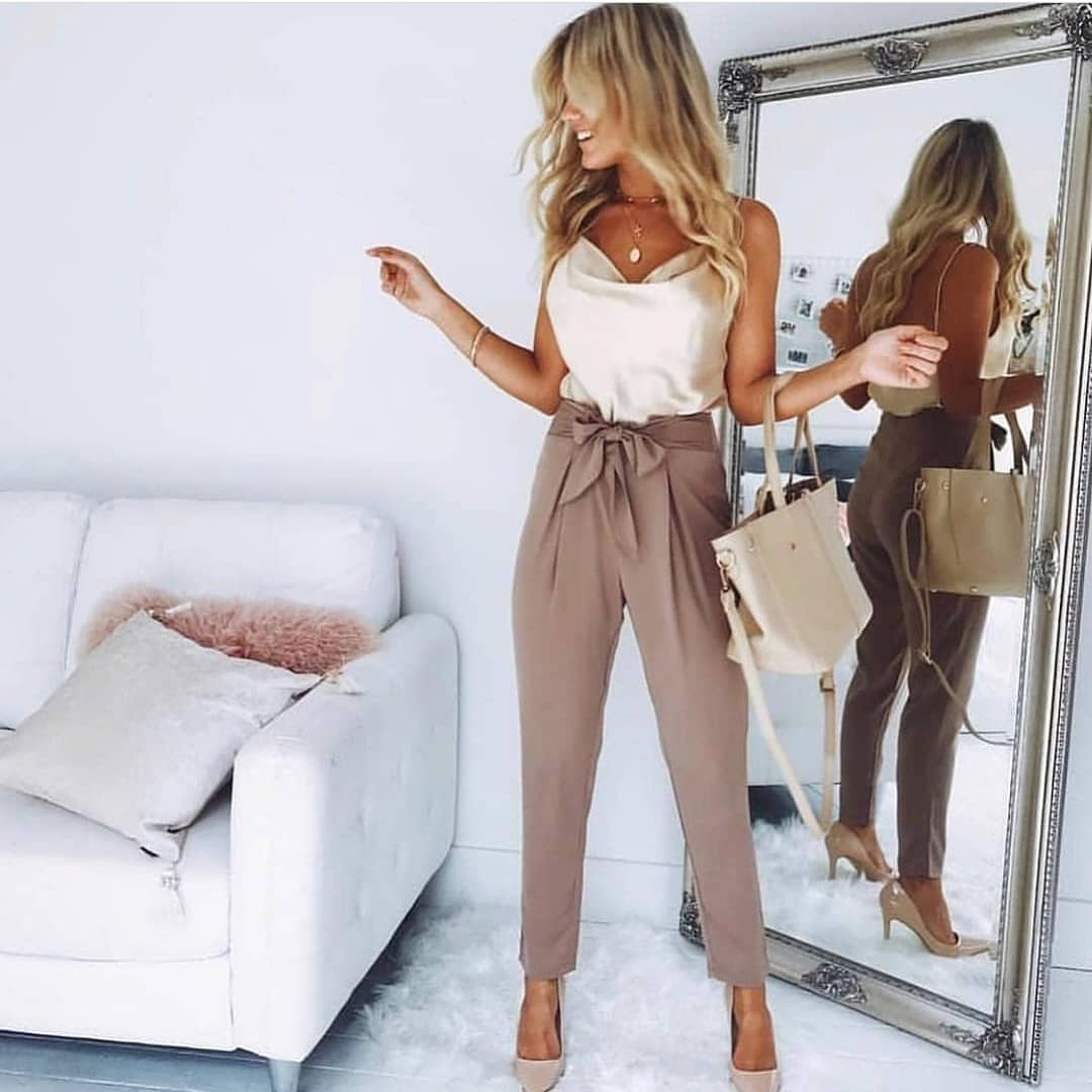 How To Wear Khaki Gathered Belted Pants This Summer 2019