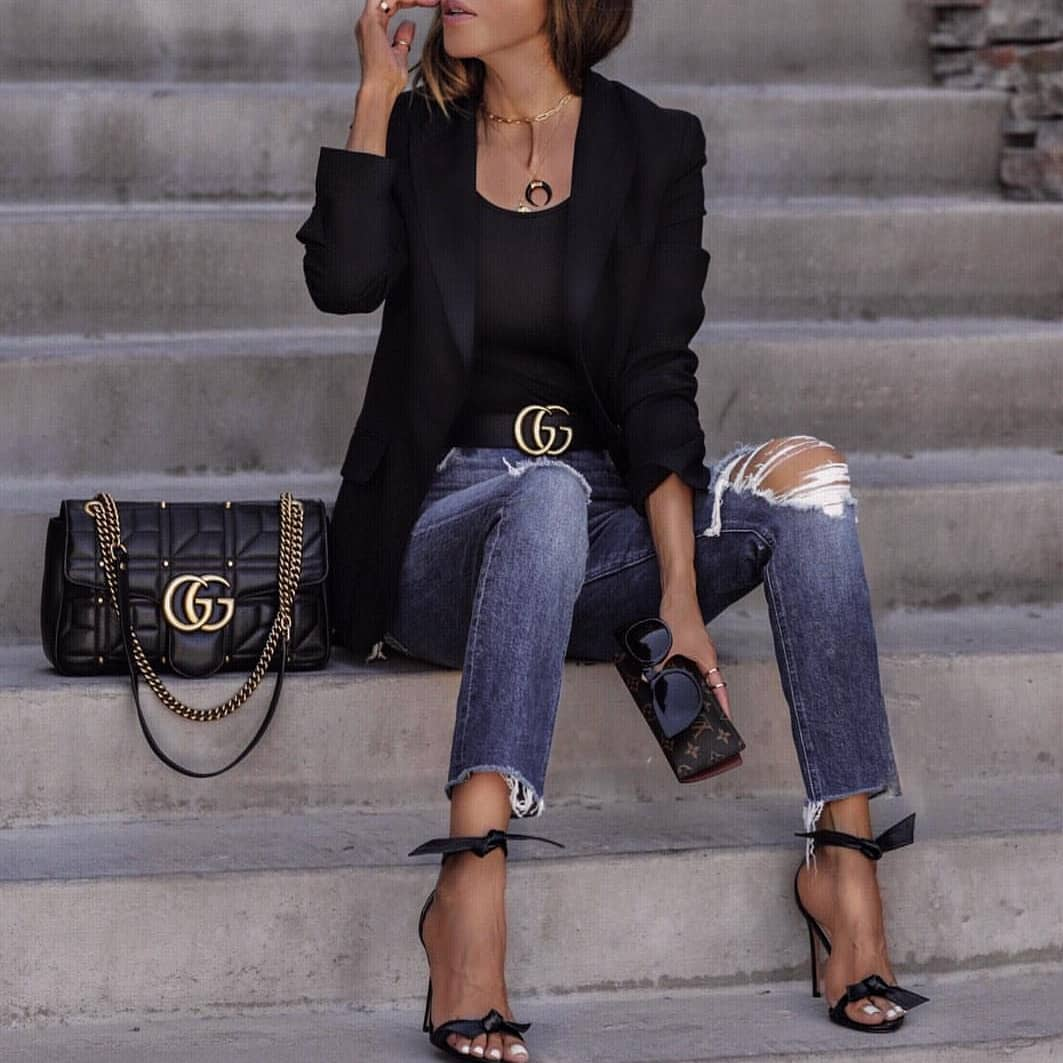 How To Wear Black Blazer With Knee Ripped Slim Jeans This Spring 2020