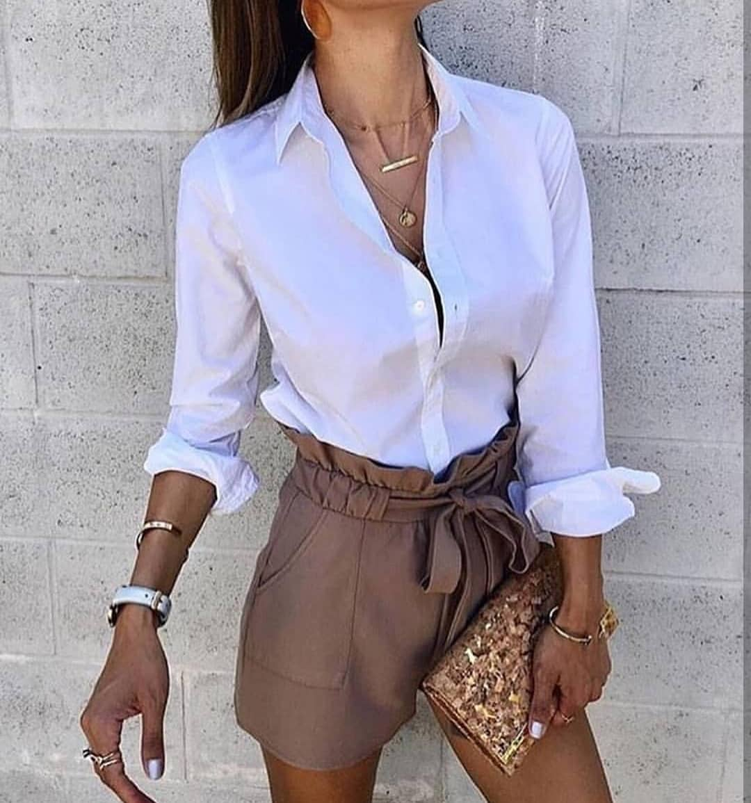 How To Wear Brown Gathered Shorts With White Blouse This Summer 2019