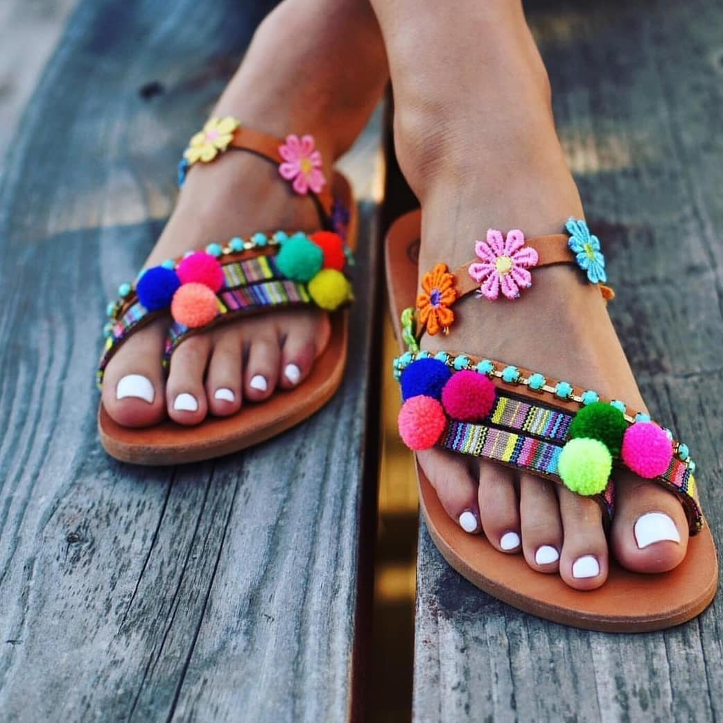 Must Try Flat Sandals With Pom Poms For Summer 2020
