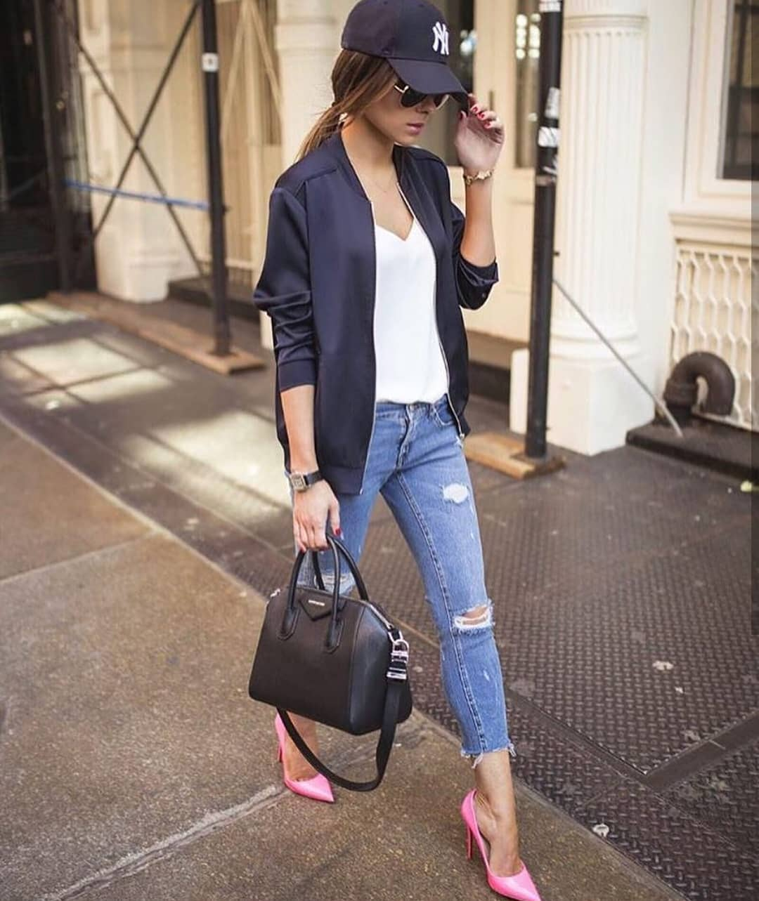 How To Wear Pink Heels With Casual Sporty Essentials This Spring 2019