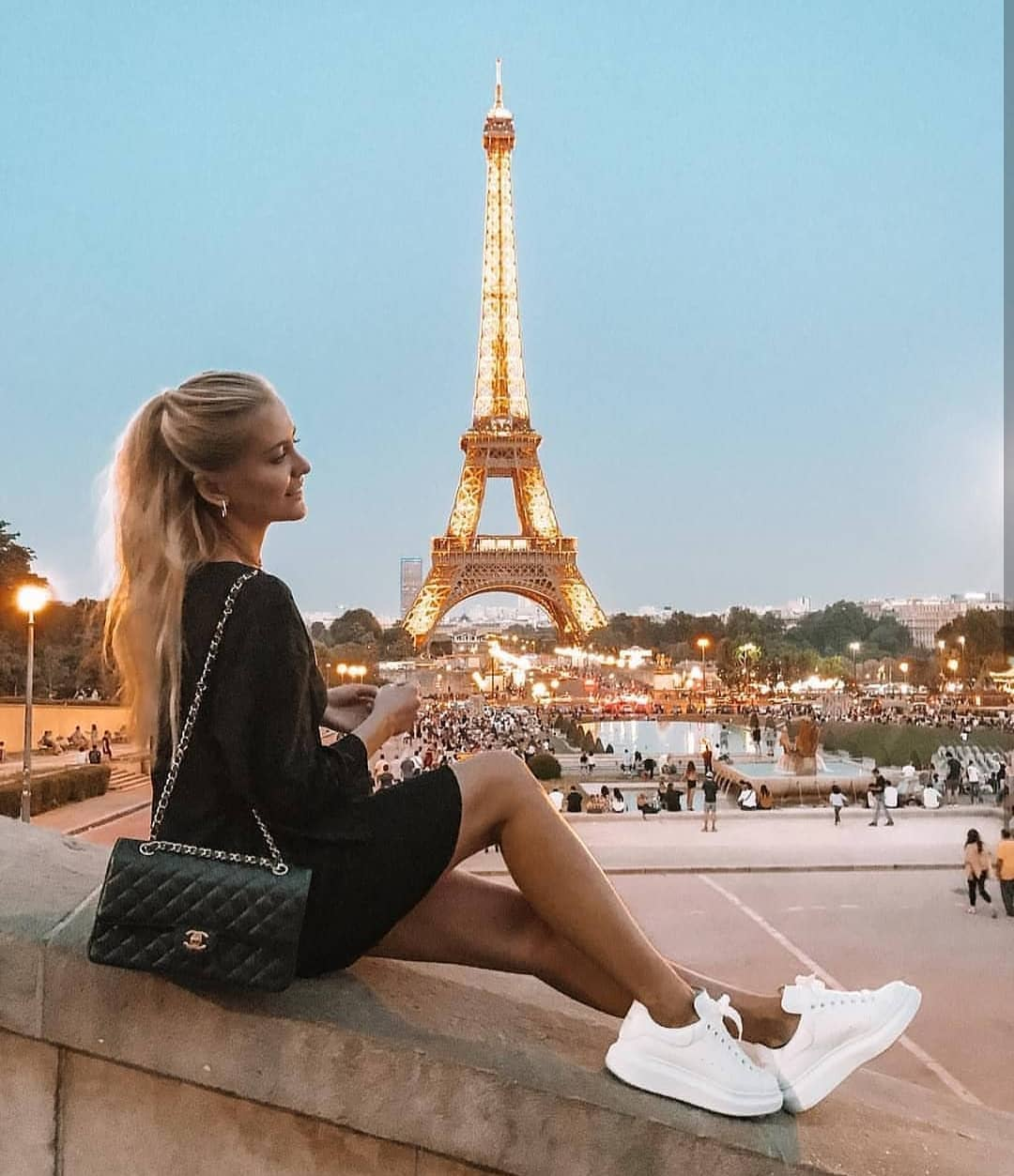 LBD And White Sneakers For Paris Summer Vacation 2020